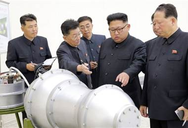 Científicos que dirigen el programa nuclear de Corea del Norte