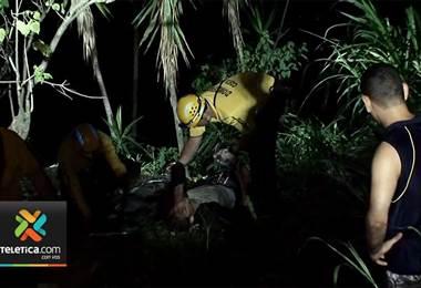 Hombre rescatado esta madrugada en la Rositer Carballo.