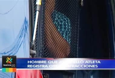 Hombre que atropelló a atleta registra otras infracciones y tiene un juicio pendiente
