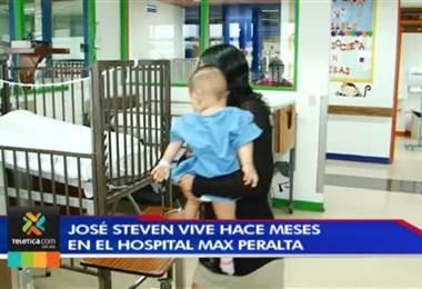 Hospital de Cartago es el hogar de niño con síndrome de Down que acaba de cumplir un año