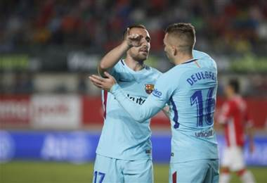 Paco Alcácer abrió el marcador para el Barça al cabecear un centro de Gerard Deulofeu |Foto FC Barcelona.