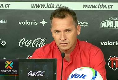 Wilmer López, técnico de Liga Deportiva Alajuelense.