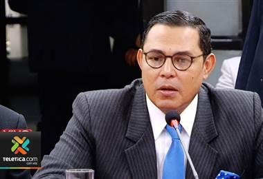 Letrado de Celso Gamboa, Justo Pastor, se abstuvo de declarar ante comisión legislativa