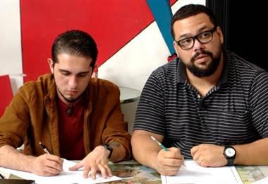Gustavo Gamboa se va de ride urbano a dibujar a su súper héroe favorito