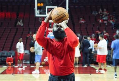 La estrella de los Rockets de Houston, James Harden.