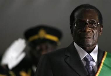Renuncia el presidente de Zimbabue