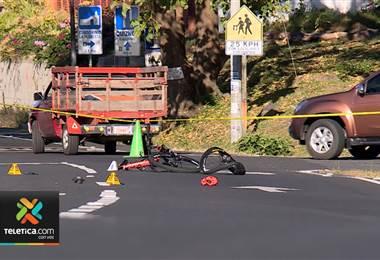 Un ciclista fallece a la semana en nuestras carreteras según afirma Aconvivir