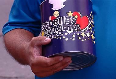 Campaña 'Estrellas con amor' se realiza desde este miércoles en las afueras de Teletica