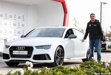 Keylor Navas recibió su nuevo Audi.|realmadrid.com