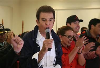 Sin ninguna experiencia en política Nasralla se encamina a ser el nuevo presidente de Honduras. Tomada del Twitter de Salvador Nasralla