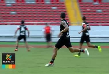 Jose Luis Cordero echa atrás su decisión y seguirá con Alajuelense