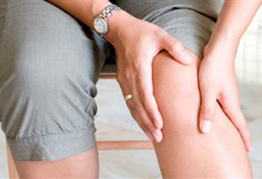 Conozca todo sobre los esguinces de rodilla y de tobillo