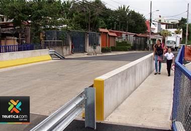 Vecinos de Dulce Nombre y Paraíso de Cartago cuentan con un nuevo y seguro puente