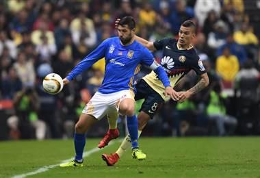 América y Tigres disputan las semifinales de la Liga MX  AFP.