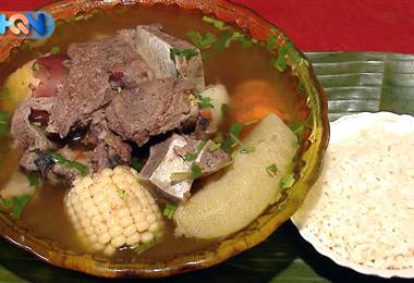 En Tarbaca de Aserrí un cálido rinconcito promete acabar con los fríos de diciembre haciéndolo como mejor saben: con comida.