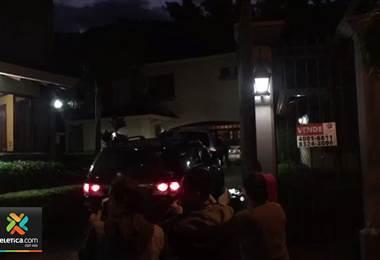 Fiscalía ingresa a la casa de Otto Guevara por caso del cemento chino
