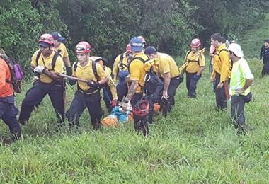 Rescatan a turista en volcán Arenal