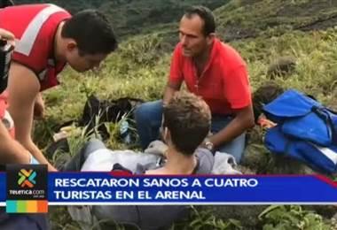 Rescatan con éxito al cuarto turista accidentado en la cima del volcán Arenal
