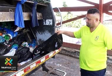 Recolectores de basura de Curridabat han sufrido este año peligrosas heridas con vidrios y jeringas