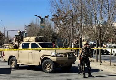 Mueren al menos 40 personas en un ataque suicida en Kabul, Afganistán