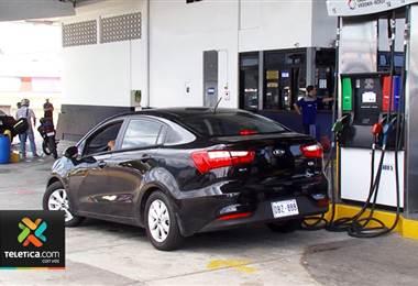 Recope solicitó un aumento de hasta ₡21 en los combustibles