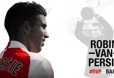 Robin Van Persie es nuevo delantero del Feyenoord.