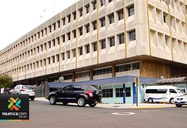 Expediente electrónico llega al hospital Calderón Guardia