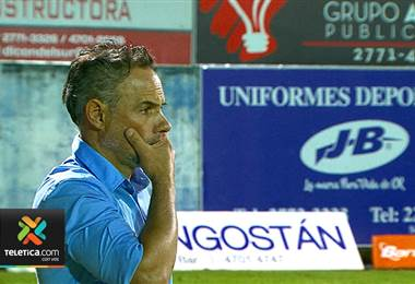 Rotación de jugadores le pasó la factura al técnico Nicolás Dos Santos en Alajuelense