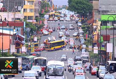 Una pésima planificación sigue pasando una cara factura al país en materia de infraestructura vial