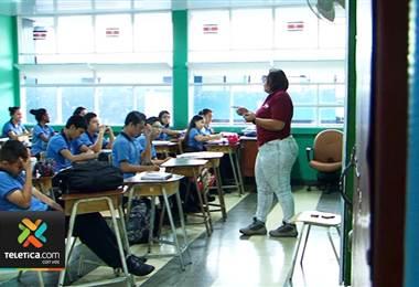 Seis colegios públicos tendrán este año el sistema de secciones bilingües