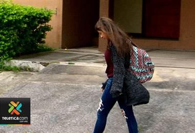 Salveques escolares con peso excesivo podría lesionar la espalda y columna del estudiante