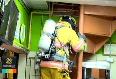Incendio causado por explosión de cilindro de gas dejó 2 personas con quemaduras en Mercado Central