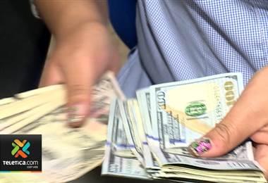 Tipo de cambio de referencia del dólar en el Banco Central subió a ¢601,40