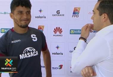 Johan Venegas está listo para regresar luego de cumplir sanción de cuatro partidos