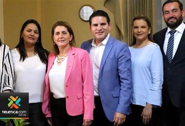 Partido Restauración Nacional pierde a otra diputada quien se une a Fabricio Alvarado
