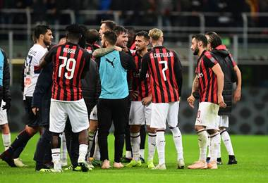 Milan festejó su victoria. AFP