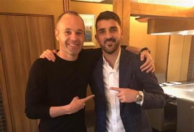 Andrés Iniesta y David Villa en Japón.