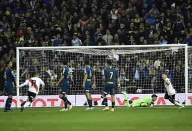 Juan Fernando Quintero marcó el gol vital de River Plate ante Boca en la final de Libertadores.|AFP