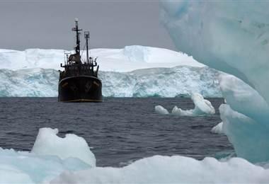 El calentamiento global está subiendo la temperatura del Ártico.