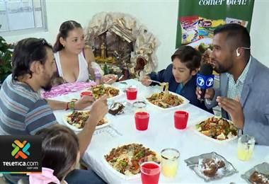 Sueños de Navidad: Pequeño cumplió su sueño de comer chop suey
