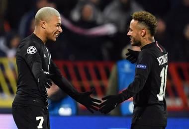 La dupla Mbappé y Neymar volvió a brillar con el PSG. Facebook Champions League