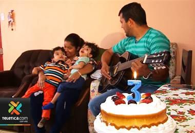 Gemelos Samuel y Ezequiel celebraron este martes su cumpleaños número tres