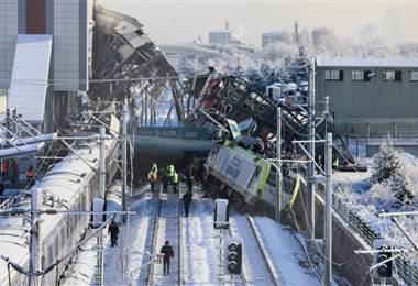 Accidente de tren bala en Turquía. AFP.