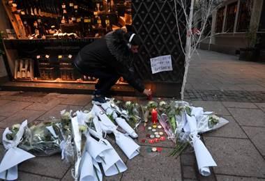 Uno de los heridos del ataque está en muerte cerebral, indicó la fiscalía de París.