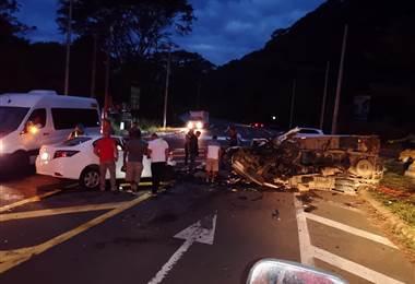 Accidente de tránsito deja a dos fallecidos en Osa
