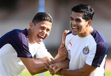 Chivas ya entrenó en Emiratos Árabes de cara al Mundial de Clubes.|FIFA