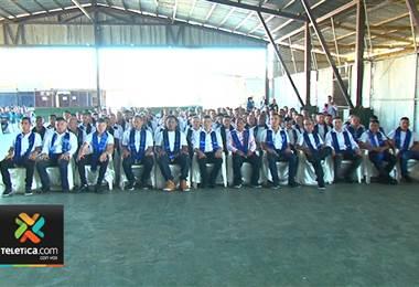 Más de 150 privados de libertad se graduaron este jueves