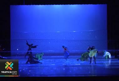"""""""Alicia en el país de las maravillas"""" vuelve al teatro nacional"""