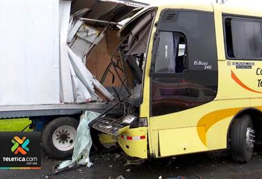 Los buses han sido el factor común de mortales accidentes sobre la general cañas