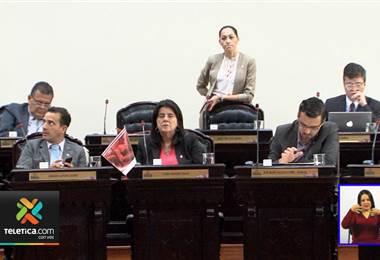 Diputados aprueban creación de vía rápida para proyectos sobre huelgas